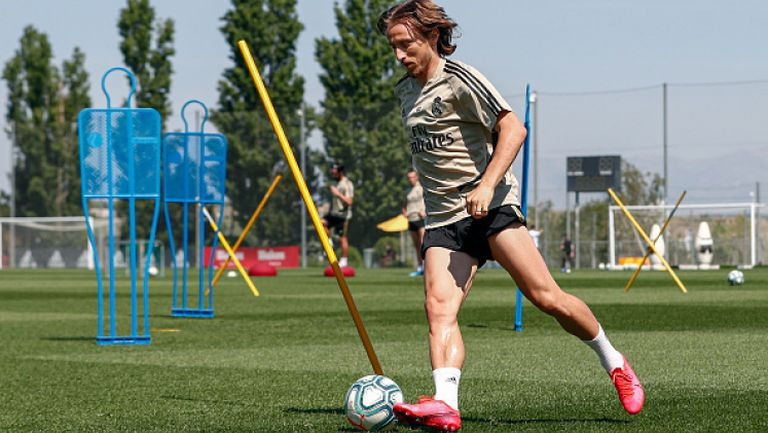 Реал Мадрид ще играе мачове на тренировъчната си база