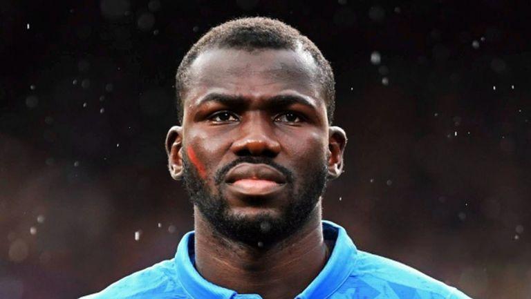 Юнайтед е предложил 95 млн. паунда за Кулибали малко преди уволнението на Моу