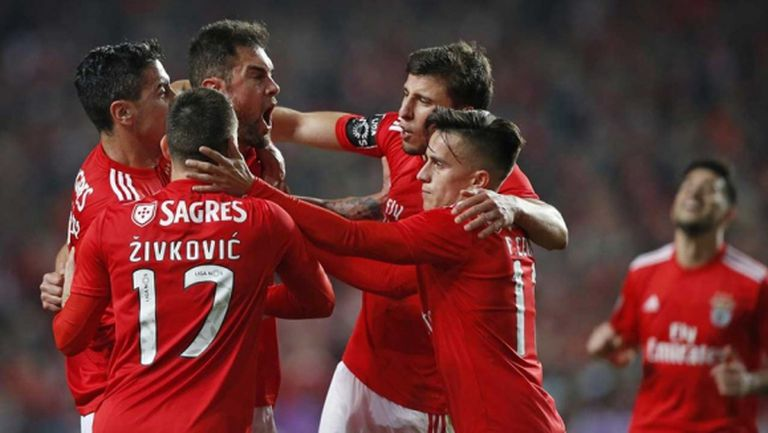 Бенфика вкара 6 в дербито на кръга, трудна победа за Порто и провал за Спортинг (видео)