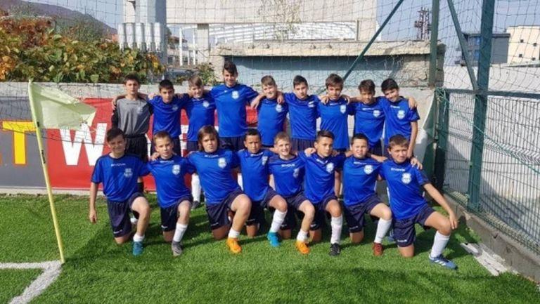 Бивш футболист на Левски праща три възрастови групи от своята академия на международен турнир