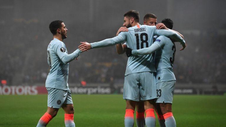 Три греди спасиха Челси по пътя към фазата на елиминациите (видео)
