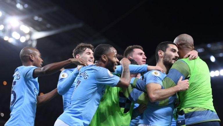 """Сити с класа над Юнайтед в дербито на Манчестър, """"дяволите"""" вече са на 12 точки от върха (видео)"""