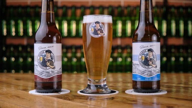 Феновете на Локо (Пд) се похвалиха с нова бира