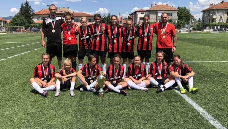 Голям успех за девойките на Локомотив (Пд)