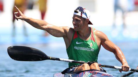 Шандор Тотка спечели титлата на 200 метра едноместен каяк на Олимпийските игри в Токи