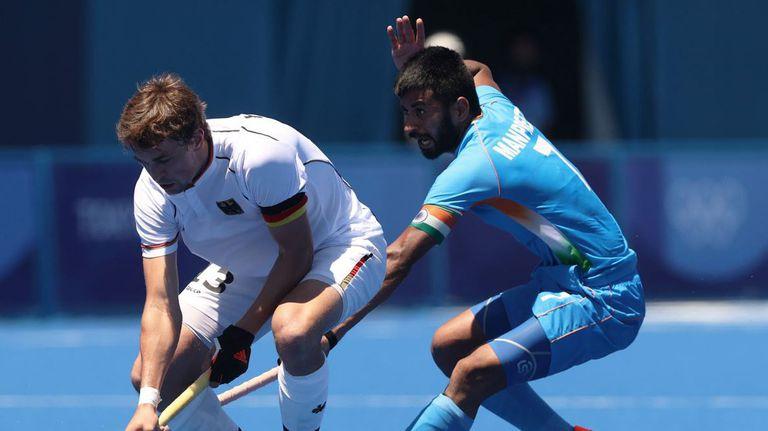 Индия победи Германия на хокей и взе първи олимпийски медал от 41 години