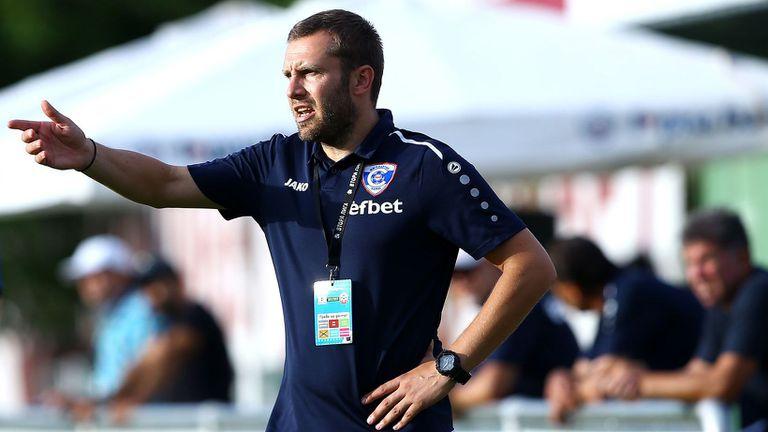 Треньорът на Спартак (Вн): Г-н Добрев ни наложи къде да загряваме, не знам защо е това напрежение