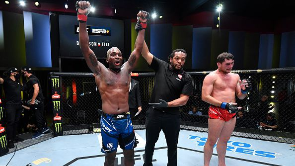 Дерек Брансън победи Дарън Тил в главната битка на UFC Fight Night 191
