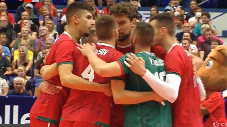 България пречупи Чехия с 3:2 гейма в Острава