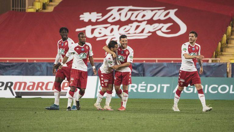 Дузпи пратиха Монако на 1/4-финал за Купата на Франция (видео)