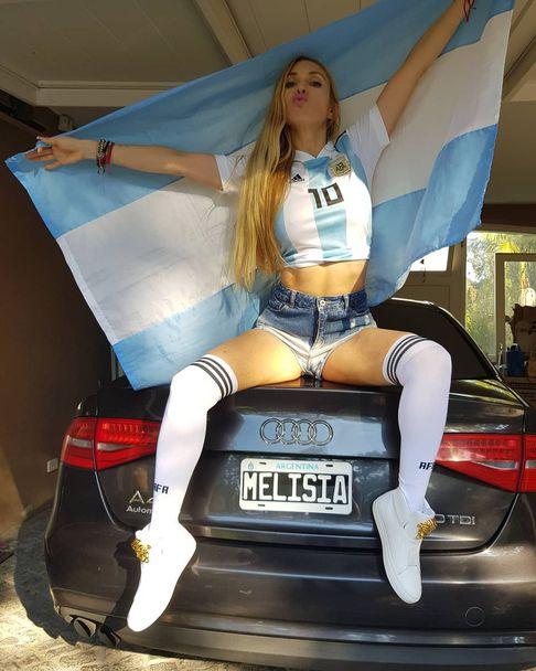 Червените прашки на Мелисия донесли късмет на Аржентина