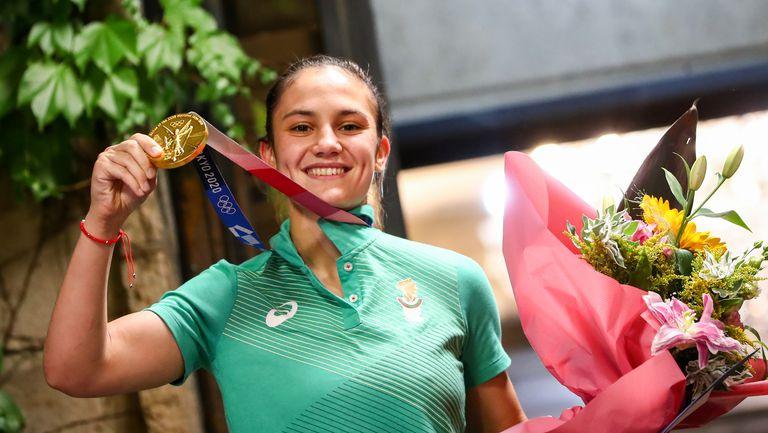 Олимпийската шампионка Ивет Горанова се прибира в България
