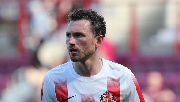 Шести футболист отпадна от състава на Северна Ирландия за мача с България