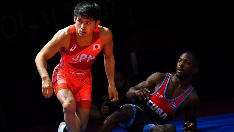 Япония спечели две олимпийски квоти в свободния стил, общо 11 държави си разделиха последните визи