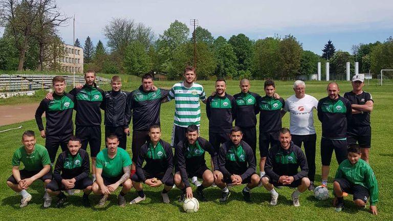 Играчите на Балкан се срещнаха с Везенков