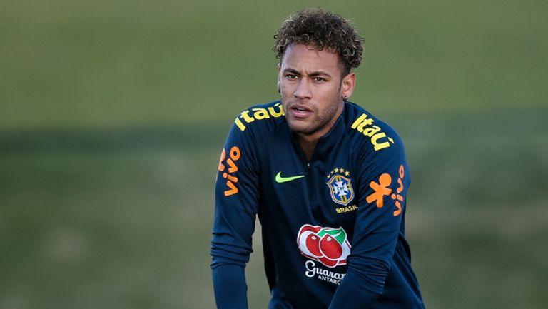 Неймар пропусна тренировка на Бразилия