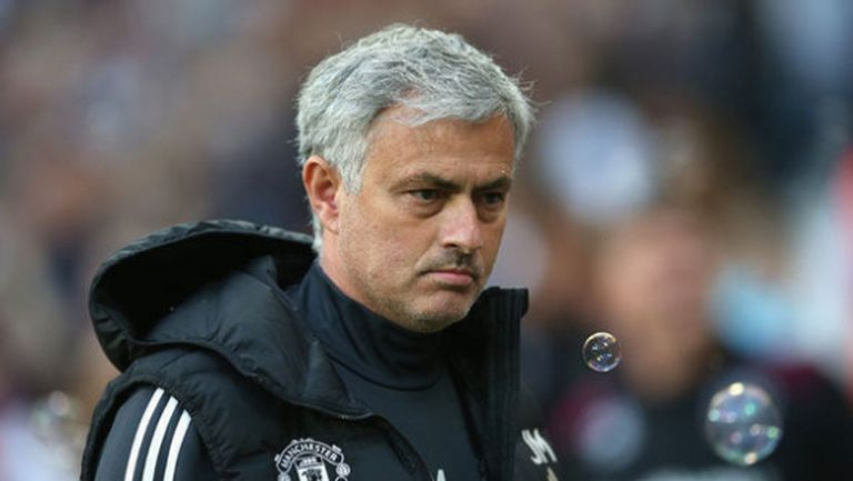 Ман Юнайтед се отказва от ляв бек, за да вземе централен нападател