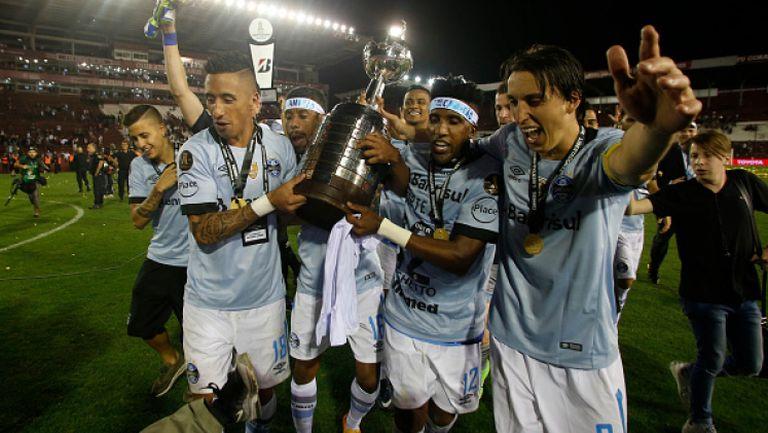 Гремио спечели Копа Либертадорес за трети път в историята си