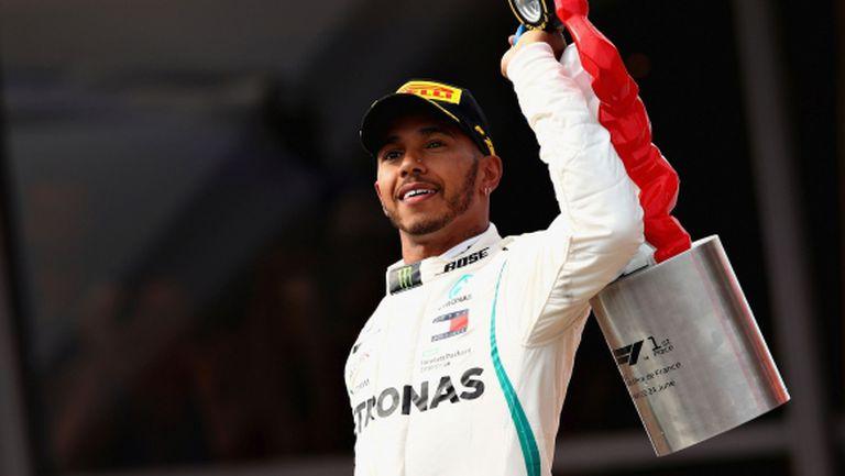 Хамилтън си върна лидерството с победа при завръщането на Франция във Ф1
