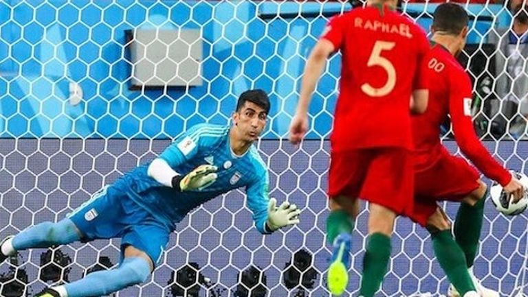 Вдъхновяващата история на стража на Иран, разочаровал Роналдо