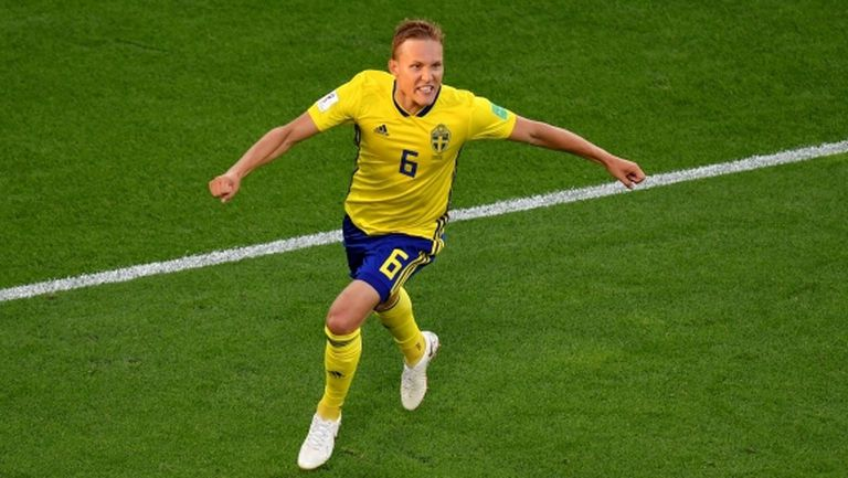 "Лудвиг Аугустинсон бе избран за ""Играч на мача"" между Мексико и Швеция"