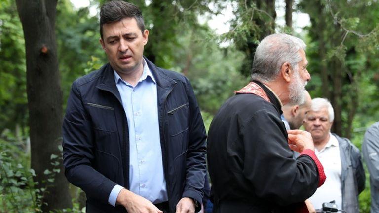 """Левски готви два трансфера, в офисите на """"сините"""" имало стотици кандидатури (видео)"""