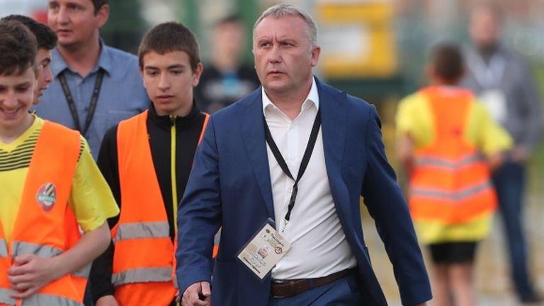 Киров: Не търсим централен защитник
