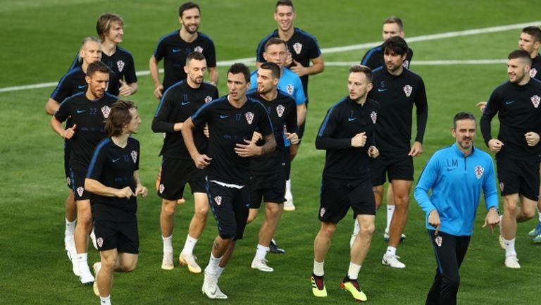 Петима хървати получиха почивка