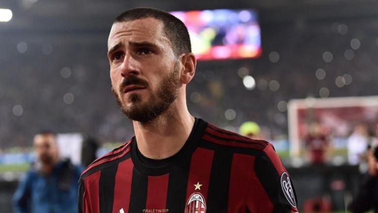 Бонучи не иска в Милан, гледа към Англия