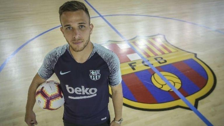 Артур: Неймар ме убеди за Барселона, поласкан съм от думите на Шави