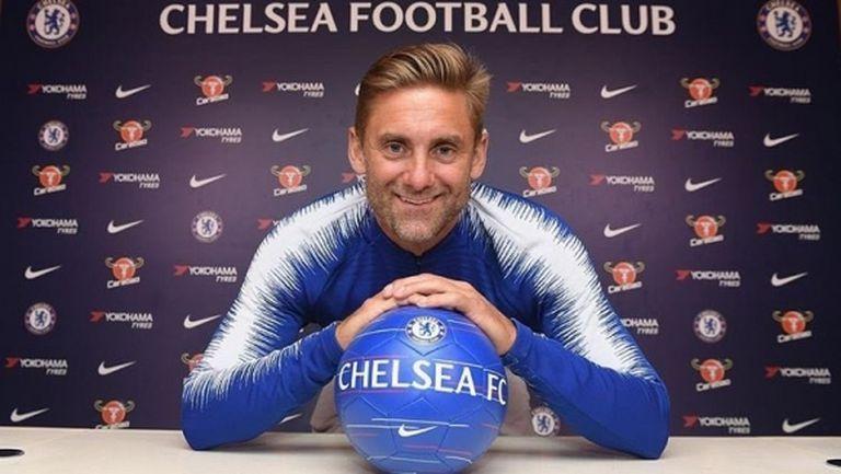 Челси представи нов вратар