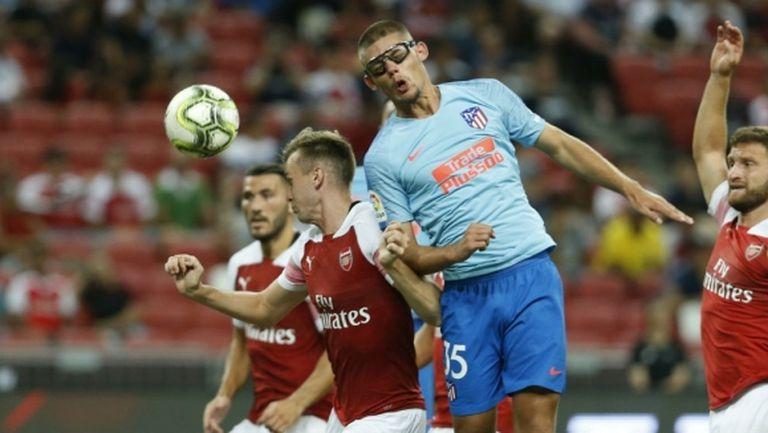 Атлетико си има боец с очила