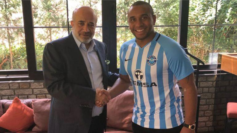 Бивш халф на Ман Юнайтед стигна до втора дивизия на Турция