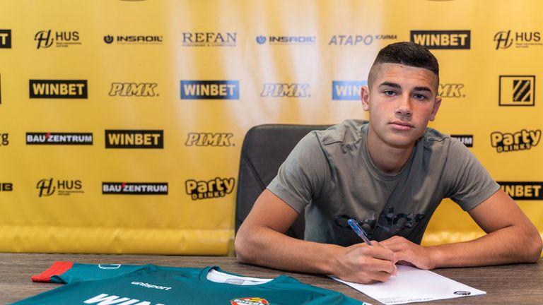 Ботев (Пд) подписа със свой юноша