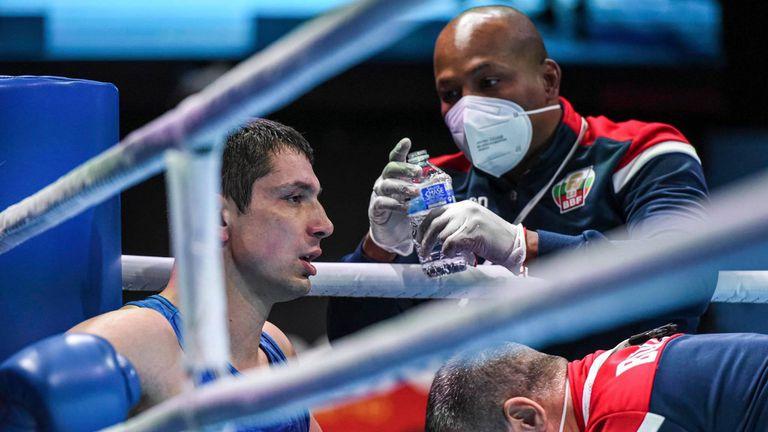 Спорно съдийство отне олимпийската мечта в бокса