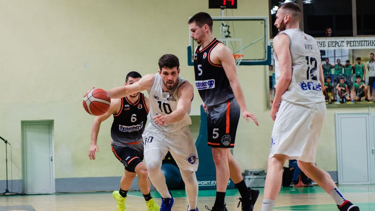 Официално: Хаджирусев продължава с Черноморец