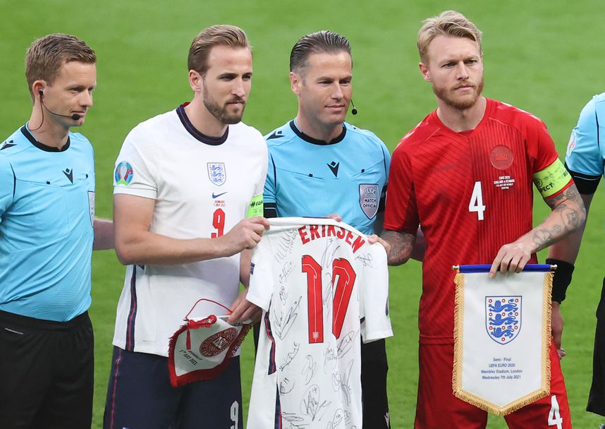 Англия - Дания 2:1