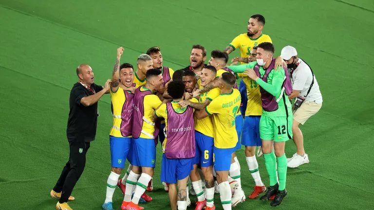 Бразилия защити шампионската си титла в мъжкия футбол