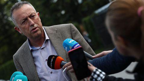 Фурнаджиев: Величков прави популизъм! Няма как да пренасочваш парите на ФИФА, той го знае