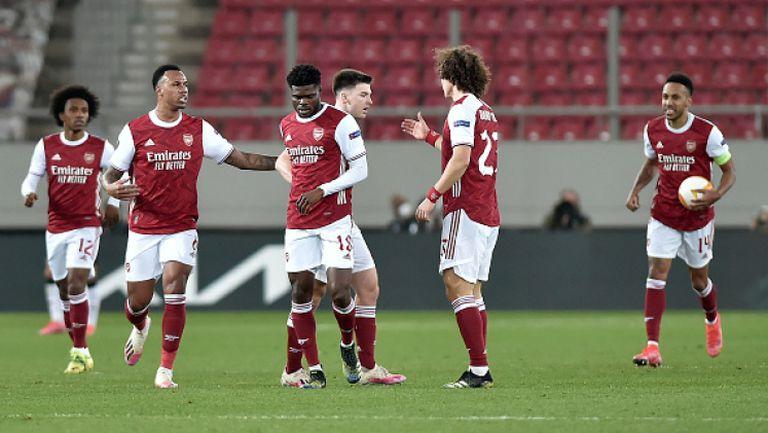 Арсенал постигна обрат с 3:2 срещу Бенфика и се класира за осминафиналите
