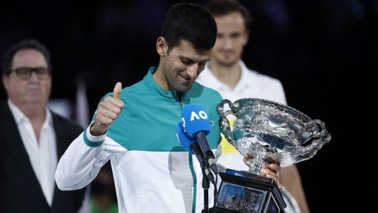 """Ще ги настигне ли Джокович след триумфа в Мелбърн? Гледайте """"Sportal Open"""" с гост Николай Драгиев"""