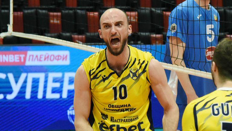 Теодор Тодоров ще бъде част от Хебър и през новия сезон 🏐🇧🇬