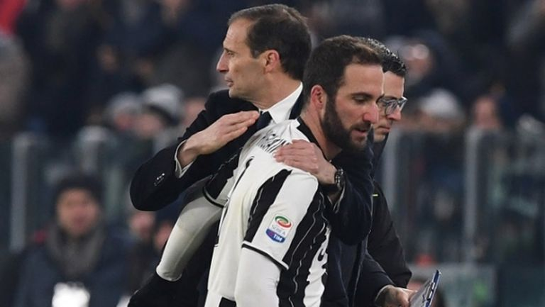Алегри: Благодаря на Игуаин, Милан взе голям нападател