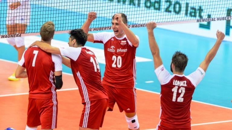 """Полша измъкна драматична победа над Франция на """"Хуберт Вагнер"""" (снимки)"""