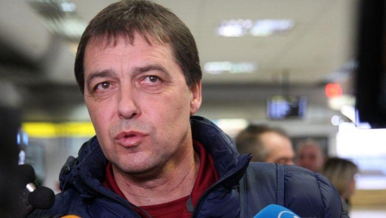 Хубчев дава пресконференция в неделя