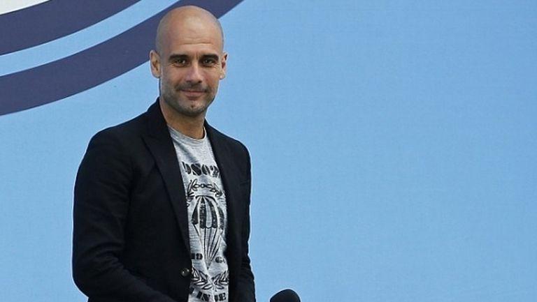 Гуардиола иска да приключи кариерата си в Барселона