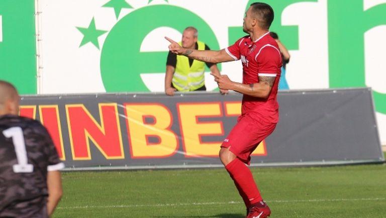 Валери Божинов не бе достатъчен на Ботев (Враца) срещу Витоша (видео+снимки)