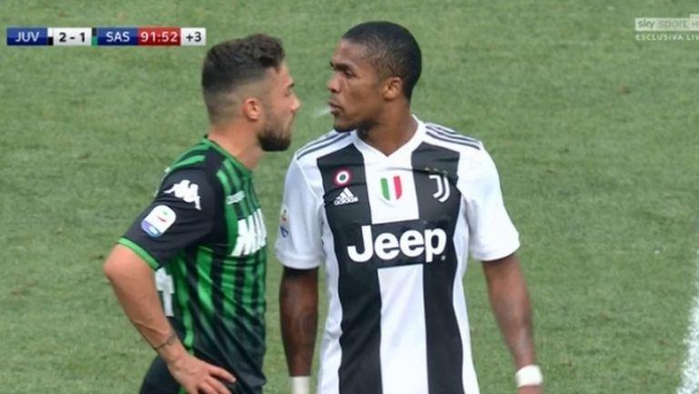 Вижте как Дъглас Коста заплю Ди Франческо в лицето (видео)