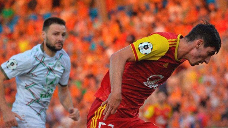 Костадинов влезе през второто полувреме при равенство на Арсенал (Тула)