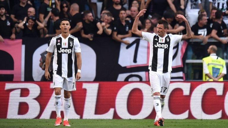 Ювентус показа защо е №1 в Италия, Роналдо и Манджукич разпиляха Наполи (видео)